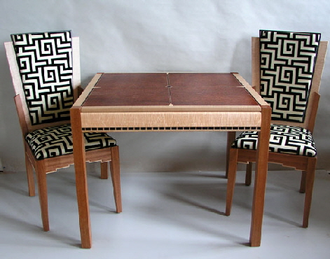game_table_with_chairs