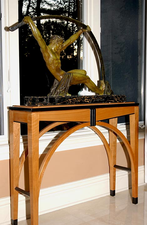 art deco sculpture stand
